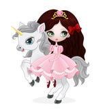 Härlig prinsessa med hästen för rosa färgklänningridning Arkivbilder
