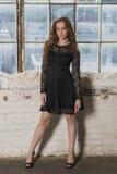 Härlig röd haried modemodell Royaltyfri Fotografi