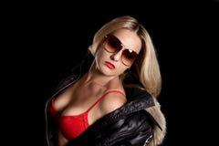 härlig röd underkläderkvinna Royaltyfri Fotografi