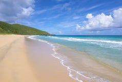 Härlig sandig Resaca strand på Isla Culebra Fotografering för Bildbyråer