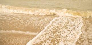 Härlig sandstrand & x28; sandy& x29; Royaltyfri Bild