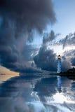 härlig seascape för fyr nightly arkivfoto