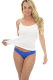 Härlig sexig ung Caucasian Pin Up Model Wearing Blue Lingeri Arkivbilder