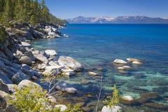 Härlig Shoreline av Lake Tahoe Arkivfoto
