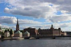 Härlig sikt av byggnad i Stockholm royaltyfri bild
