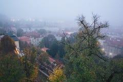 Härlig sikt av den gamla staden av Prague arkivfoton