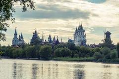 Härlig sikt av den Izmaylovo Kreml i det Izmaylovo området, Moskva Royaltyfria Foton