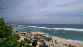 Härlig sikt av den tropiska stranden, härligt hav asia lager videofilmer