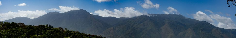 Härlig sikt av det Avila berget Caracas Venezuela Warairarepano arkivfoto