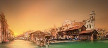 Härlig sikt av Grand Canal i Venedig Arkivbilder