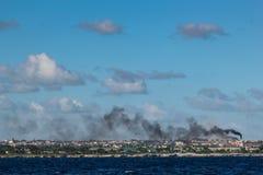 Härlig sikt av havet om den molniga himlen i Dominikanska republiken royaltyfria foton