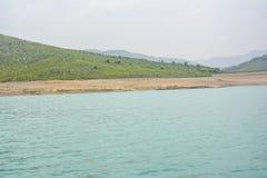 Härlig sikt av Khanpur sjön, Pakistan Royaltyfria Foton