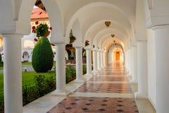 Härlig sikt av Sambata de Sus Kloster, Rumänien Royaltyfri Bild