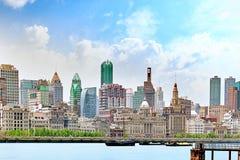 Härlig sikt av Shanghai - bund- eller Waitan strand Arkivbild