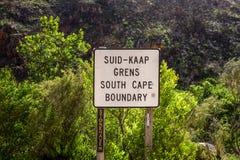 Härlig sikt av vägen R324 mellan Barrydale och Swellendam i Sydafrika Arkivbild