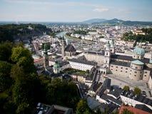 Härlig sikt från fästningen på den gamla staden, Salzburg Royaltyfri Fotografi