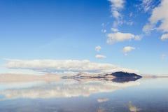 Härlig sikt i den salta sjön arkivbild