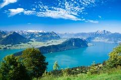 Härlig sikt till Lucerne laken och berg Rigi Royaltyfri Foto