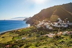 Härlig siktsIgueste de San Andres liten by på Tenerife kanariefågelöar royaltyfria foton