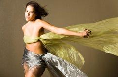härlig silk kvinna Fotografering för Bildbyråer