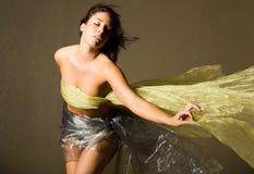 härlig silk kvinna arkivbilder