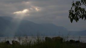 Härlig sjö Lut Tawar, Gayo Skotska högländerna, centralt Aceh område, Aceh arkivfoton