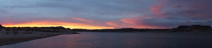Härlig sjö Powell Sunset och stormpanorama Arkivfoton