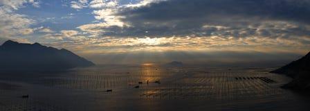 härlig sjösida Royaltyfri Fotografi