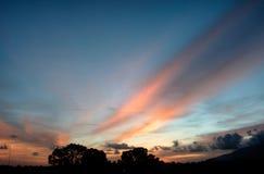härlig solnedgång Arkivfoton