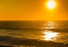 Härlig solnedgång, Atlantic Ocean Royaltyfria Bilder