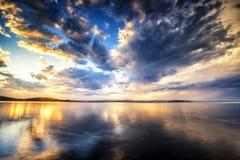 Härlig solnedgång från stranden nära Sydney, Australien arkivfoton