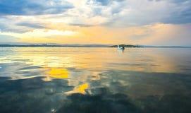 Härlig solnedgång från stranden nära Sydney, Australien royaltyfri fotografi