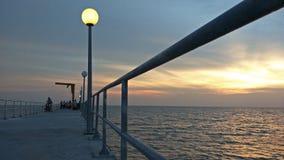 Härlig solnedgång i tanjung Sepat Selangor fotografering för bildbyråer