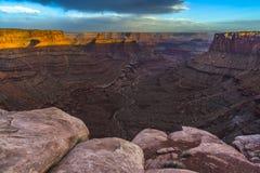 Härlig solnedgång nära den Marlboro punkten Canyonlands Utah Royaltyfri Bild