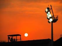 Härlig solnedgång ovanför baseballstadion Royaltyfria Foton