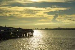 Härlig solnedgång på Chao Phraya River Background Arkivfoto