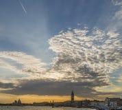 Härlig solnedgång på den Venetian lagun, Venedig, Italien royaltyfria foton
