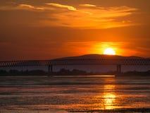Härlig solnedgång på Donauen, Moldavien Noua, Rumänien Fotografering för Bildbyråer