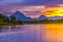 Härlig solnedgång på Grant Tetons fotografering för bildbyråer