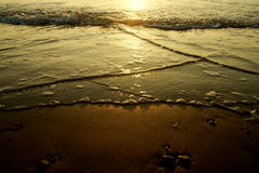 Härlig solnedgång på stranden (Israel) Mycket trevlig afton Royaltyfri Fotografi