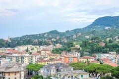 Härlig solnedgångsikt från överkant till den Santa Margherita Ligure staden Royaltyfria Bilder