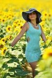 härlig solroskvinna Royaltyfria Bilder