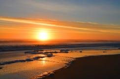 härlig soluppgång för strand royaltyfria foton