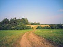 härlig sommar för bygddagväg Fotografering för Bildbyråer