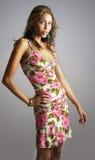 härlig sommar för klänningmodemodell royaltyfri foto