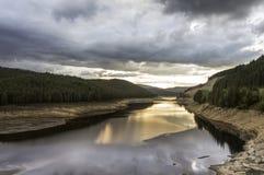 Härlig sommarsolnedgång i berg Fotografering för Bildbyråer