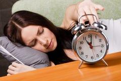 härlig sova kvinna Arkivfoto