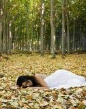 härlig sova kvinna Fotografering för Bildbyråer
