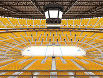 Härlig sportarena för ishockey med gulingplatser och storgubbeaskar Arkivfoton