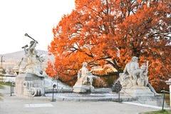 Härlig springbrunn i Cesky Krumlov Fotografering för Bildbyråer